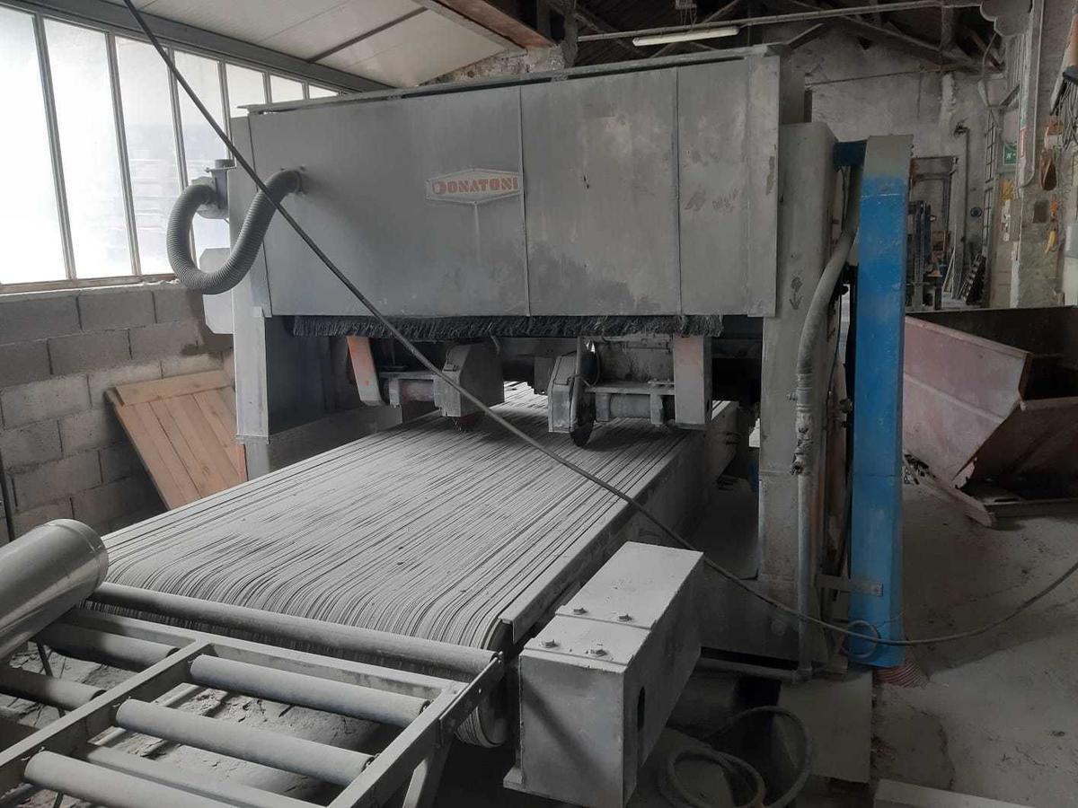 FL Trimming machine used